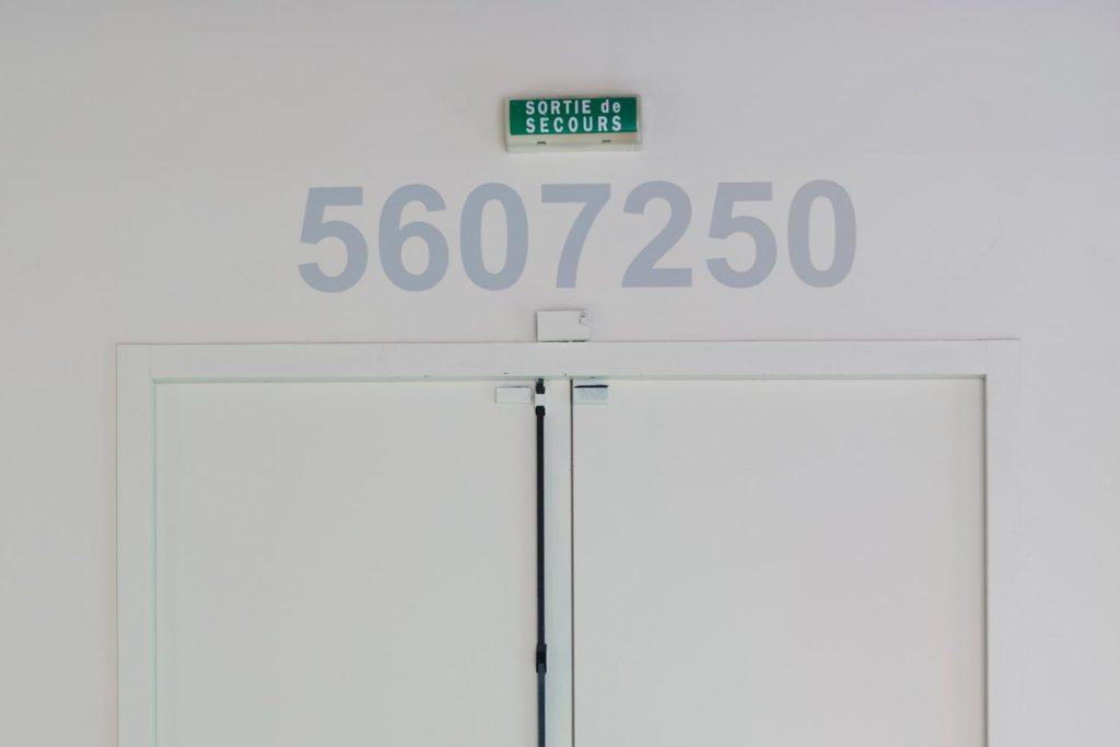 5607250